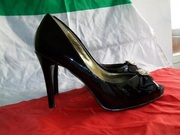 Обувь из Италии. Туфли лакированные фирмы GUESS Италия